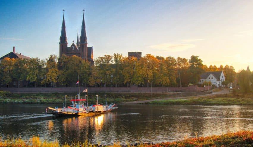 Veer op de Maas Limburg - Mediator Limburg